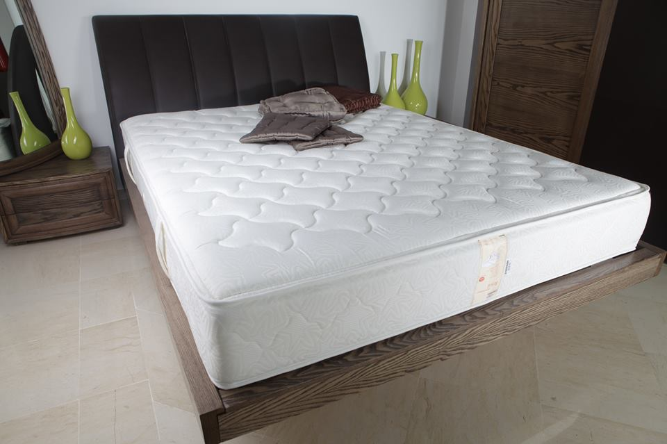 matelas royal orthop dique 190x90 meubles et d coration. Black Bedroom Furniture Sets. Home Design Ideas