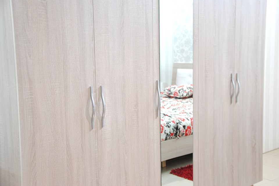 Meuble chambre a coucher en tunisie salon semi cuir beige for Chambre a coucher tunisie intermeuble