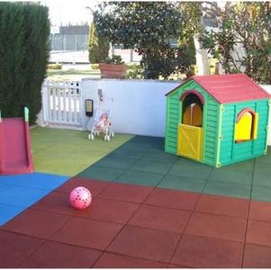 dalle pour air des jeux et salle de sport meubles et d coration tunisie. Black Bedroom Furniture Sets. Home Design Ideas