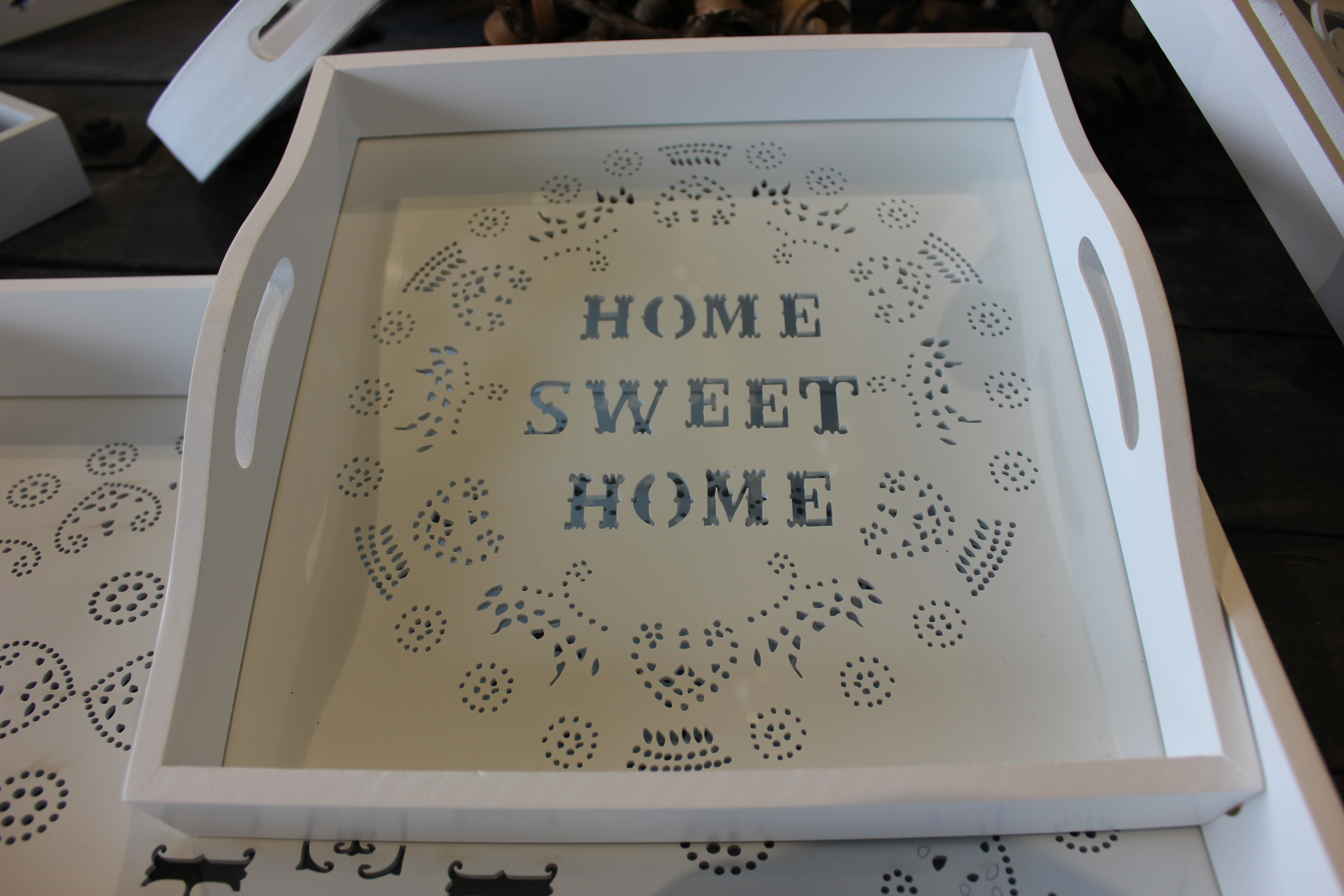 Plateaux home sweet home meubles et d coration tunisie for Meubles sweet home