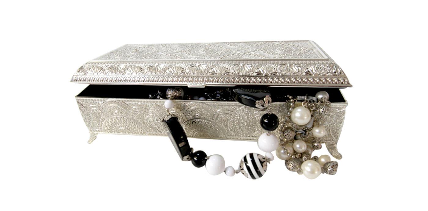 Porte bijoux argent meubles et d coration tunisie for Meuble zen home tunisie
