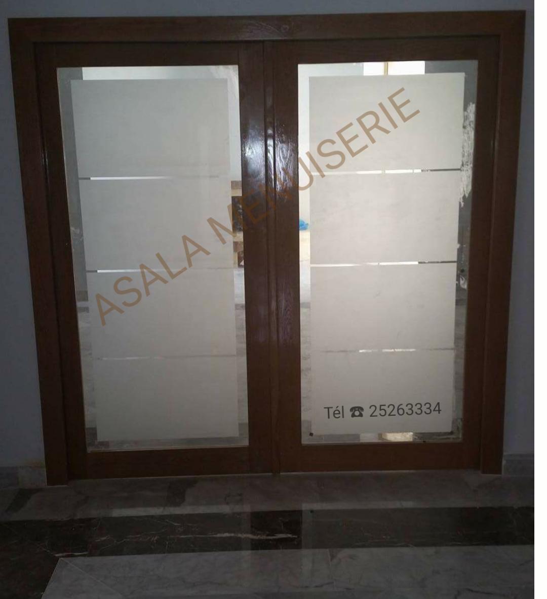Portes en bois nobles meubles et d coration tunisie for Menuiserie portes interieures bois
