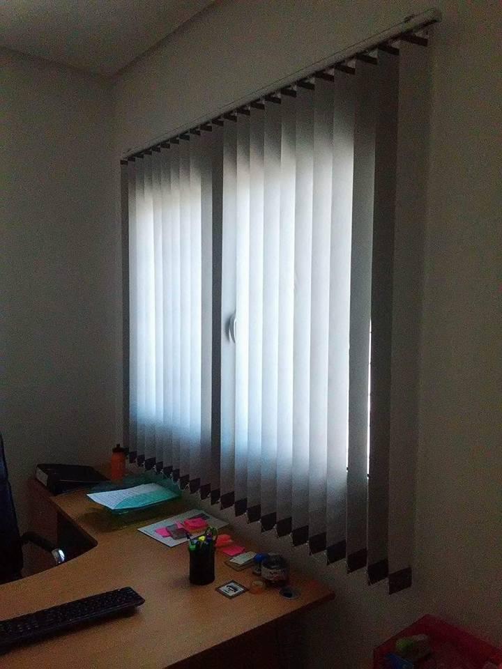 store bande verticale meubles et d coration tunisie. Black Bedroom Furniture Sets. Home Design Ideas