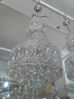 lustre boule cristal italien meubles et d coration tunisie. Black Bedroom Furniture Sets. Home Design Ideas