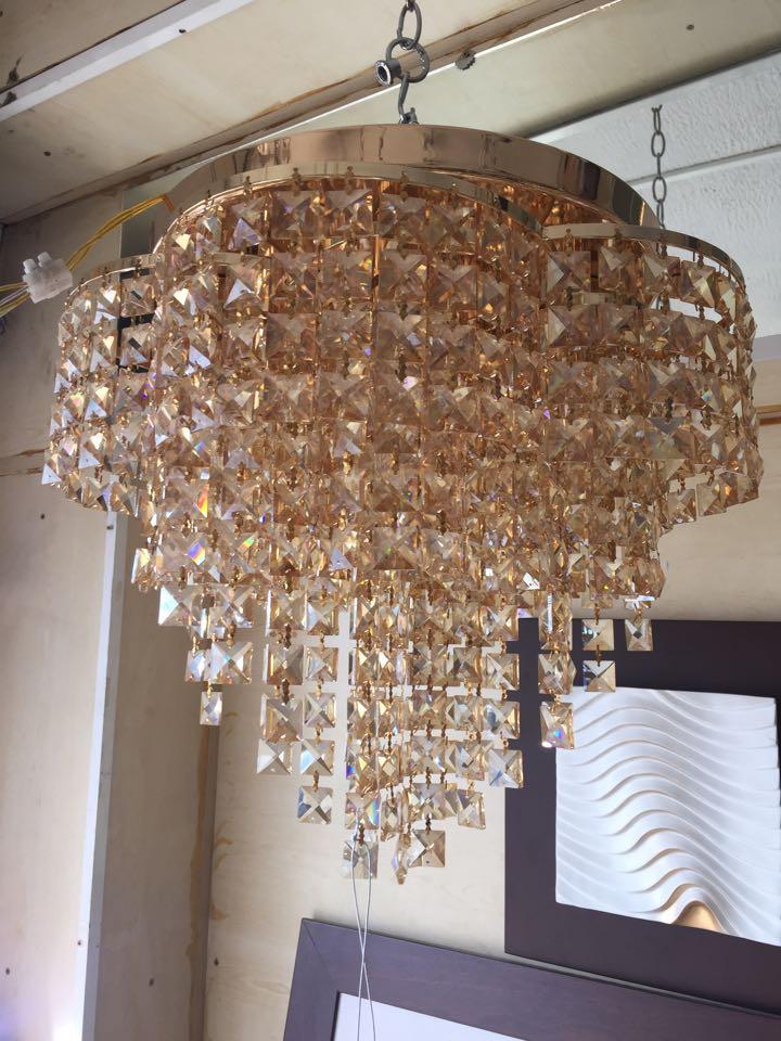 Lustre plafonnier 6 lumieres en cristal champagne - Meubles et ...