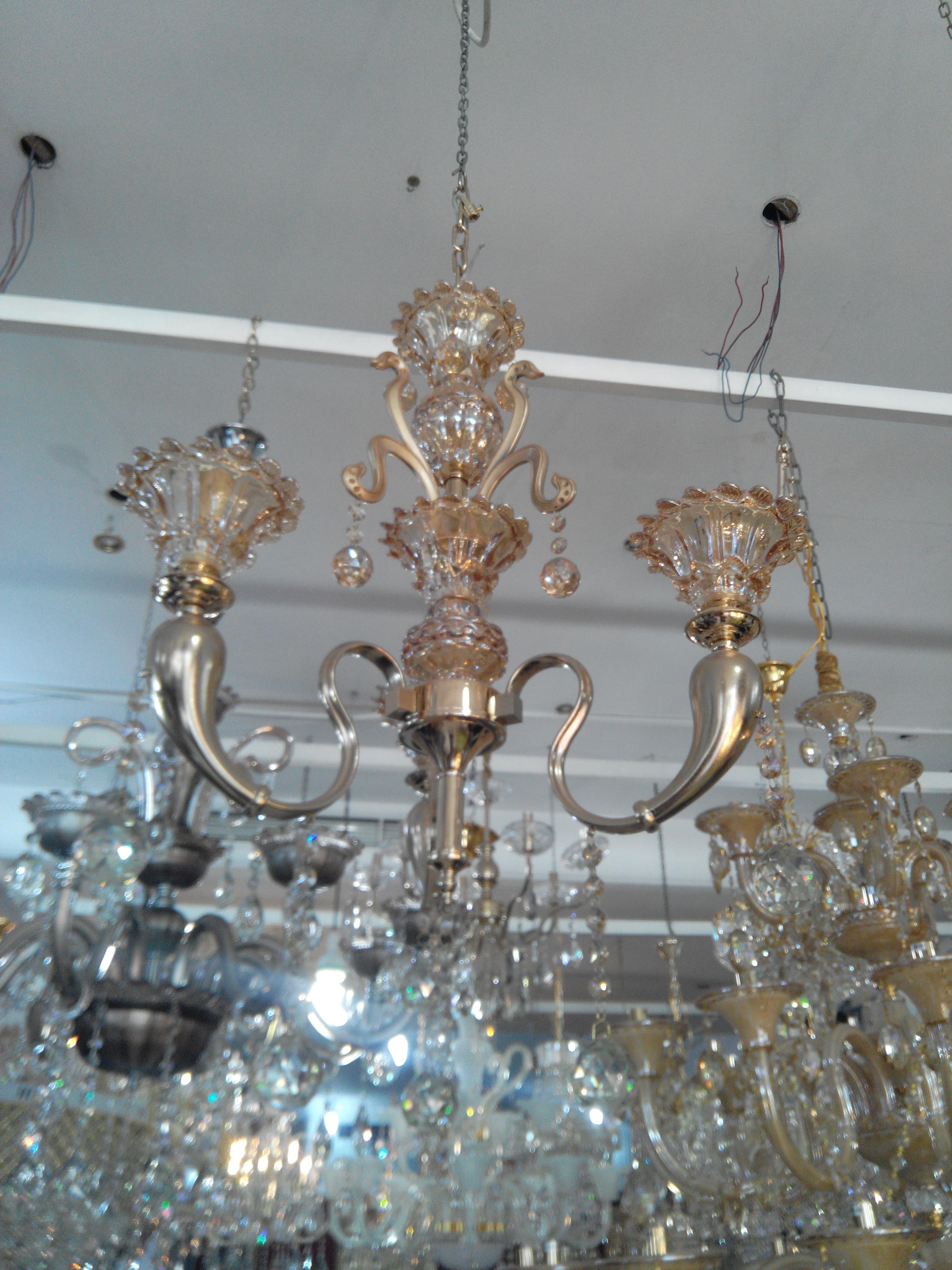 lustre 3f plaqu or 14 carats cristal meubles et d coration tunisie. Black Bedroom Furniture Sets. Home Design Ideas