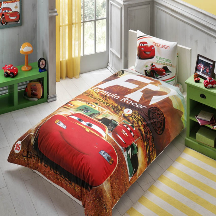 parure de lit disney cars team meubles et d coration tunisie. Black Bedroom Furniture Sets. Home Design Ideas