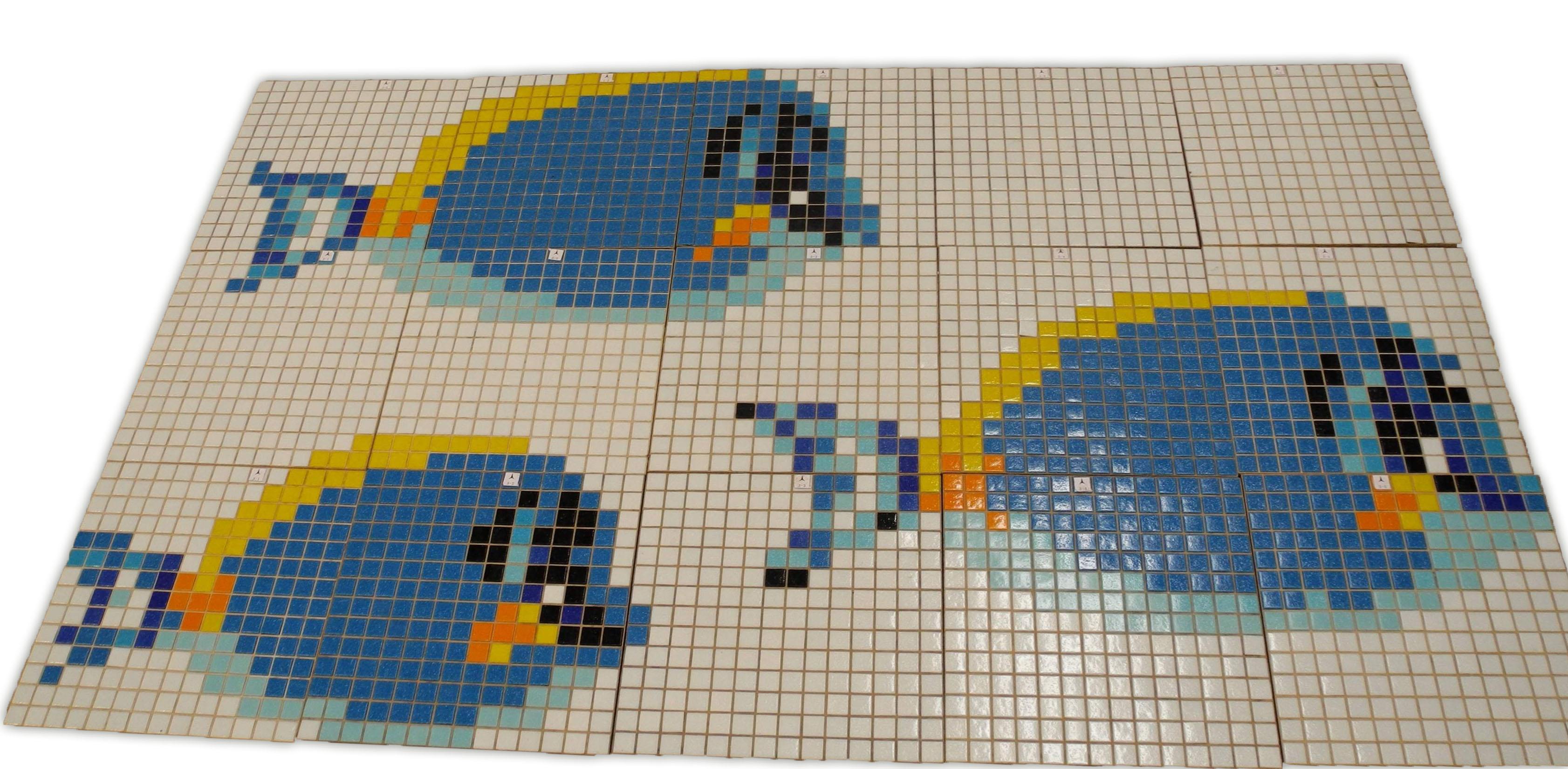 Tableau en mosa que en pate de verre pour piscine poisson for Poisson d argent salle de bain
